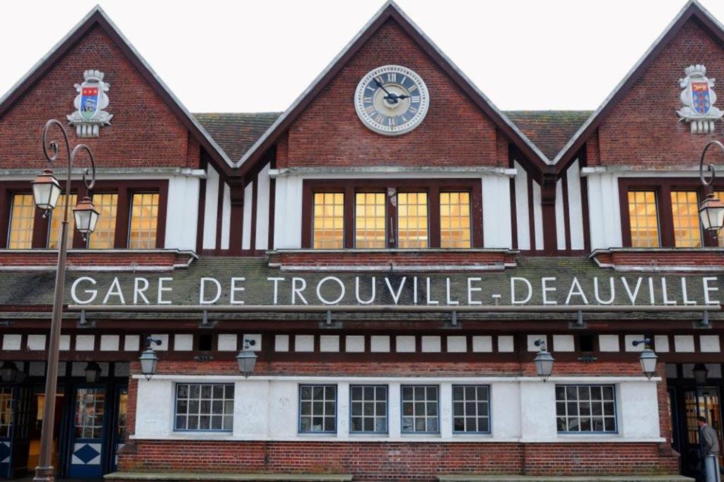 Gare de Deauville