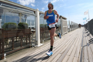 olivier lyoen triathlon international de deauville hoka one one